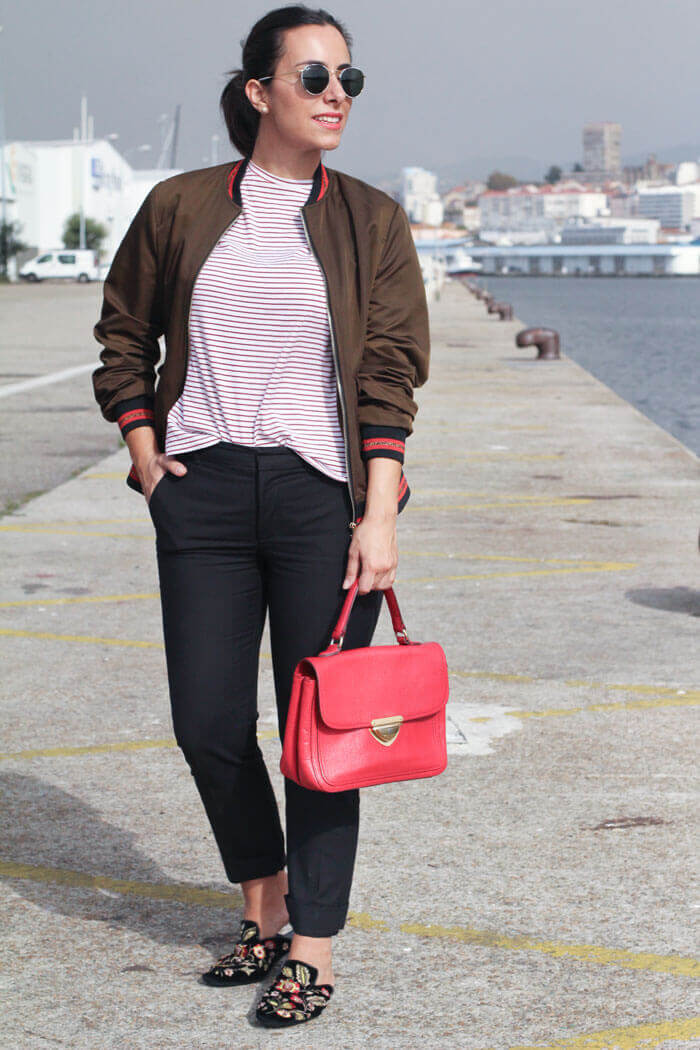 mules-bolso-rojo-street-style-red-bag-street-style-militar-bomber
