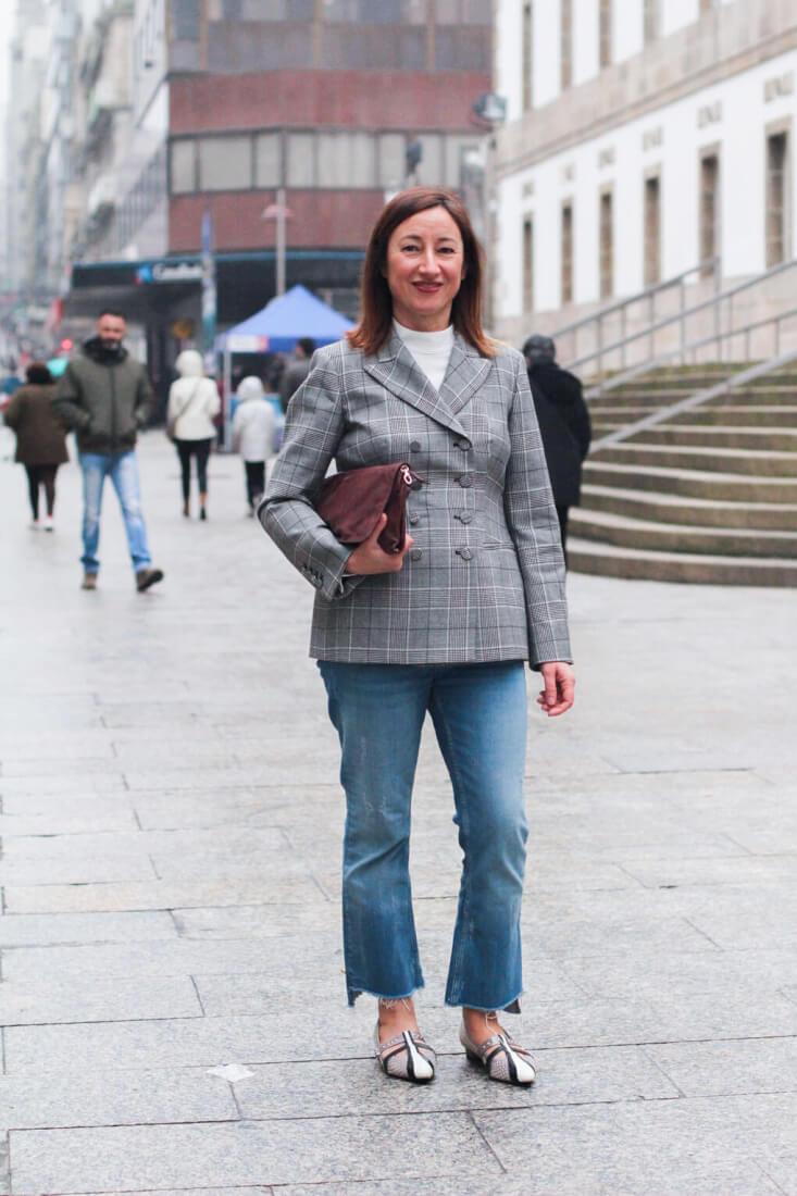 Blazer de estampado príncipe de gales. Street Style y moda en Vigo