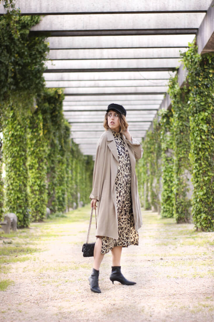 Trench fluido camel. Street Style