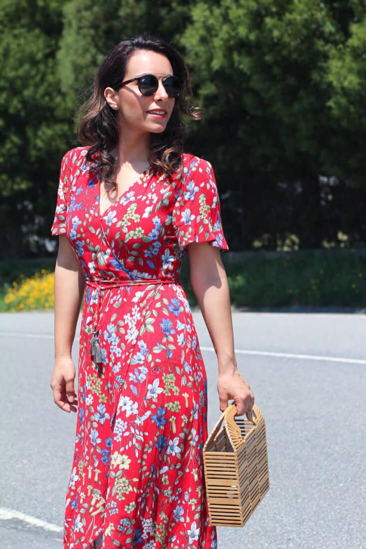 siempre-hay-algo-que-ponerse-vestido-de-tintoretto-como-combinar-tu-vestido-de-flores