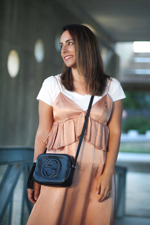 como-combinar-tu-vestido-lencero-vestido-de-raso-blog-de-moda-pontevedra