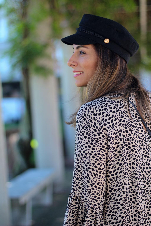 look-con-gorra-marinera-como-combinar-tu-gorra-marinera-siemprehayalgoqueponerse-blog-moda-galicia