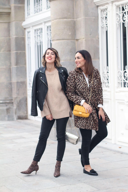 abrigo-de-leopardo-como-combinar-tu-abrigo-de-leopardo-botines-estampado-leopardo-blog-moda-galicia