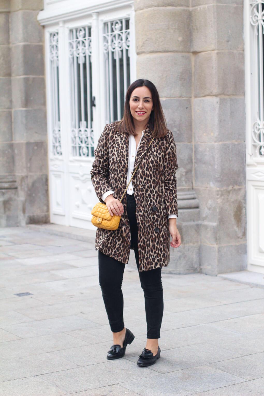 abrigo-estampado-leopardo-zara-look-con-abrigo-de-print-animal