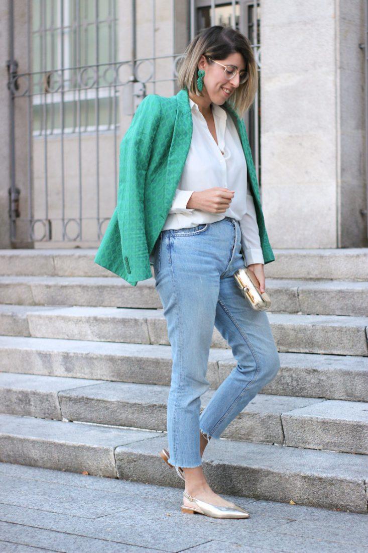 patri-siemprehayalgoqueponerse-jeans-camisa-blazer