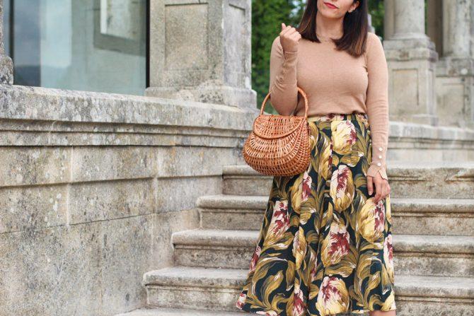 Falda midi flores
