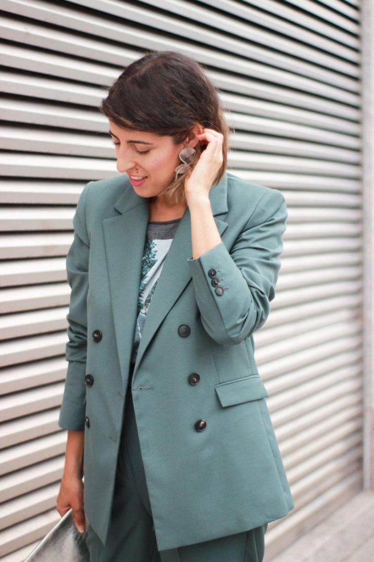 blazer-verde-mango-camiseta-beatles