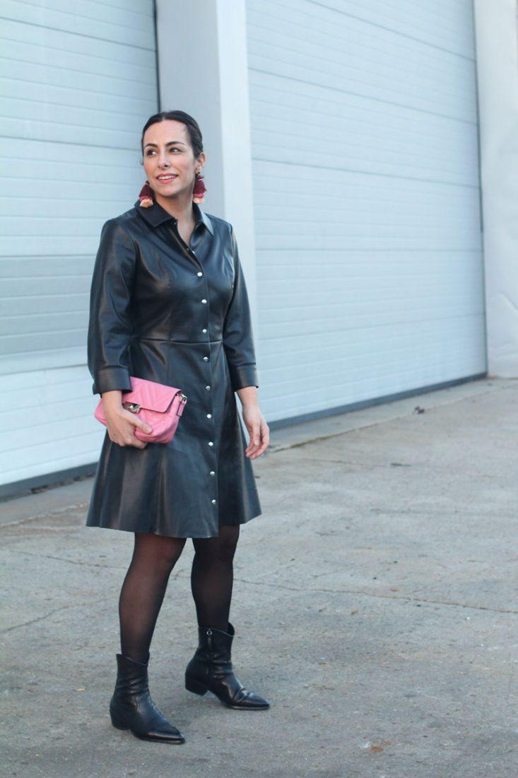 vestido-de-piel-street-style-pink-bag-siempre-hay-algo-que-ponerse-blog-moda-vigo